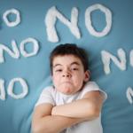 sai lầm của cha mẹ tạo văn hóa đòi hỏi cho con