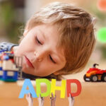 cha mẹ làm gì khi trẻ bị ADHD